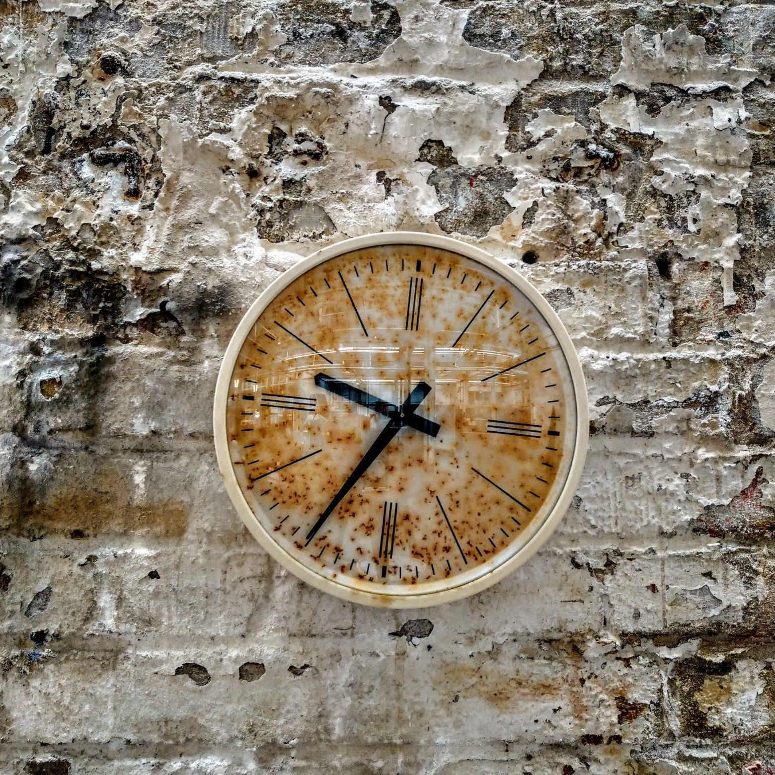 clock by Siemens