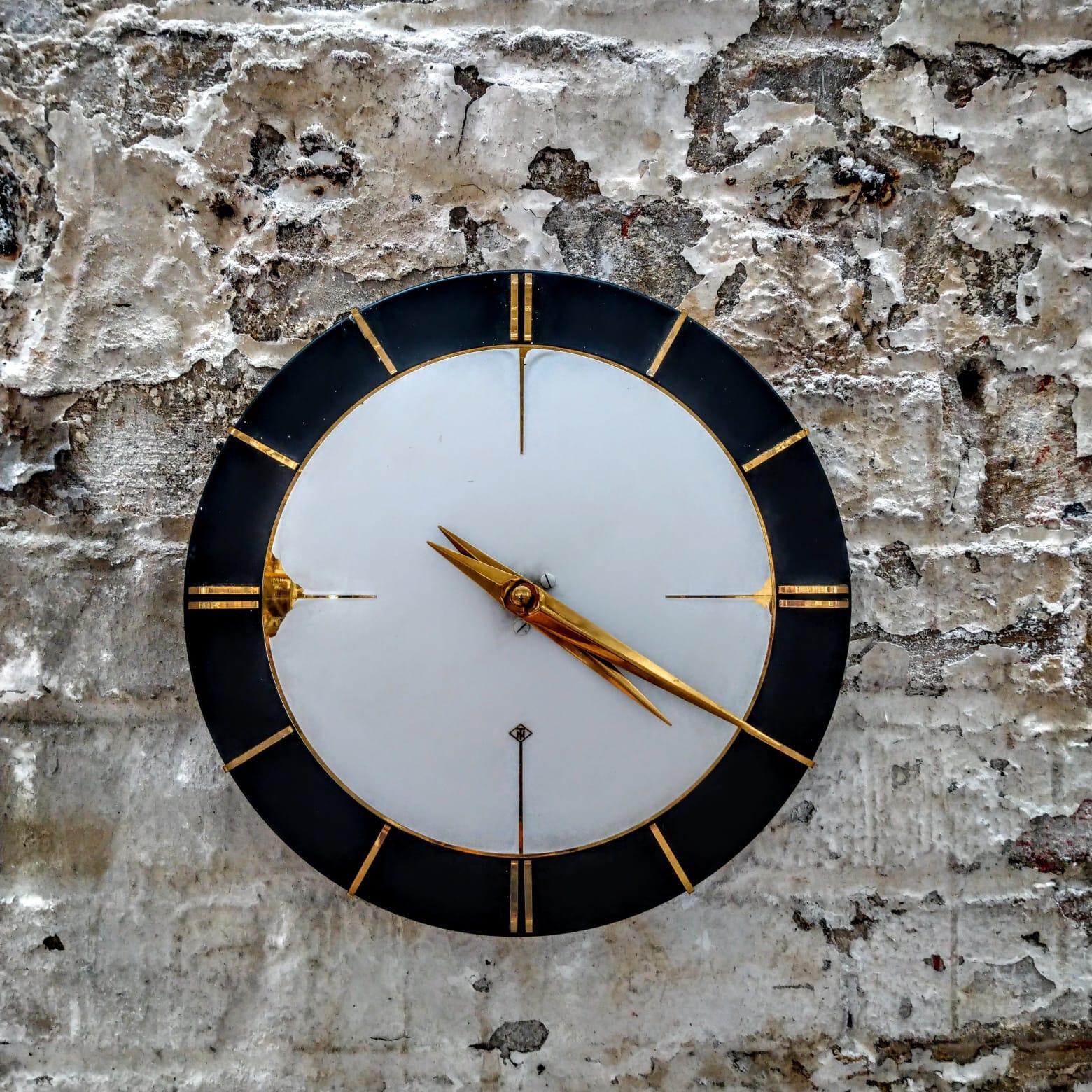 clock by TN